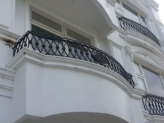 False Balcony Mediterranean Grills   Cavitetrail, Glass ...