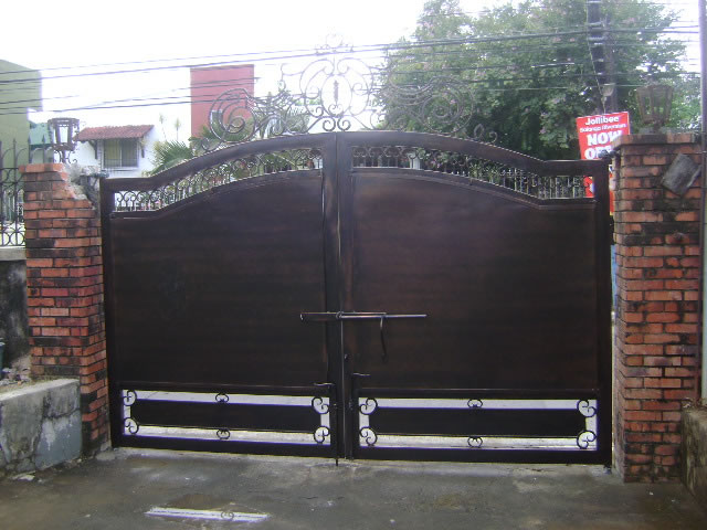 Wrought Iron Gate Cavitetrail Glass Railings