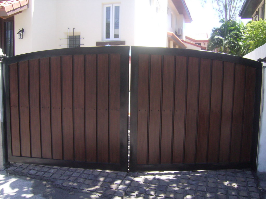 Garage Gate Fabrication Cavitetrail Glass Railings